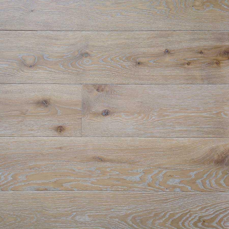 Oak Character Annecy board