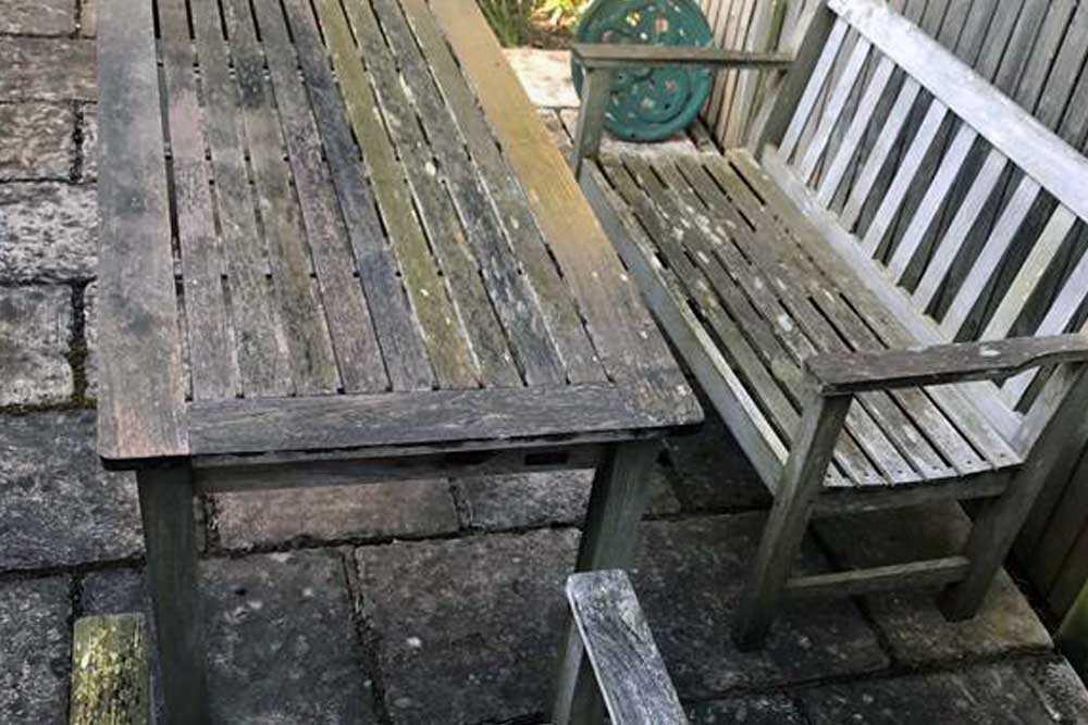 Garden furniture restoration - picture 1 before